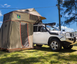 Howling Moon stargazer 200 series land cruiser 2